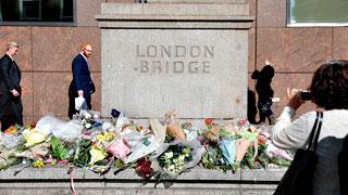 La lentitud de la identificación de las víctimas del atentado de Londres irrita a las familias
