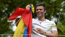 Ir al VideoLeopoldo López ha estado casi tres años y medio encarcelado