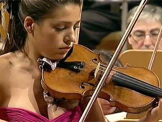 """Leticia Moreno: """"Lo fascinante de ser músico es que siempre hay cosas que descubrir"""""""