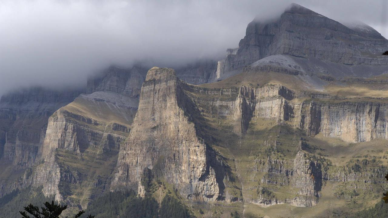 La Ley de Parques Nacionales fue sancionada por el rey Alfonso XIII en el año 1916.
