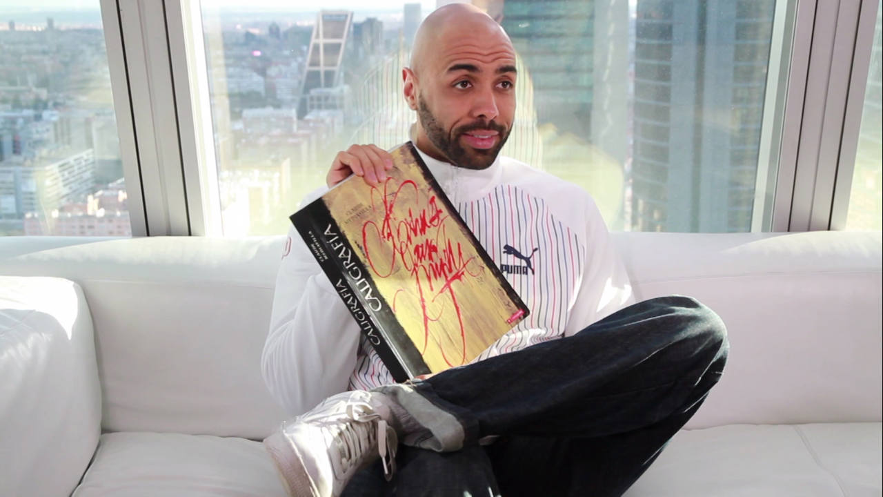 El libro de la semana es un libro sobre el noble arte de la caligrafía; tan relacionada con el graffiti
