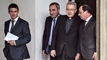 Ir al VideoLos líderes religiosos franceses piden a Hollande más vigilancia en los lugares de culto tras el atentado en Normandía
