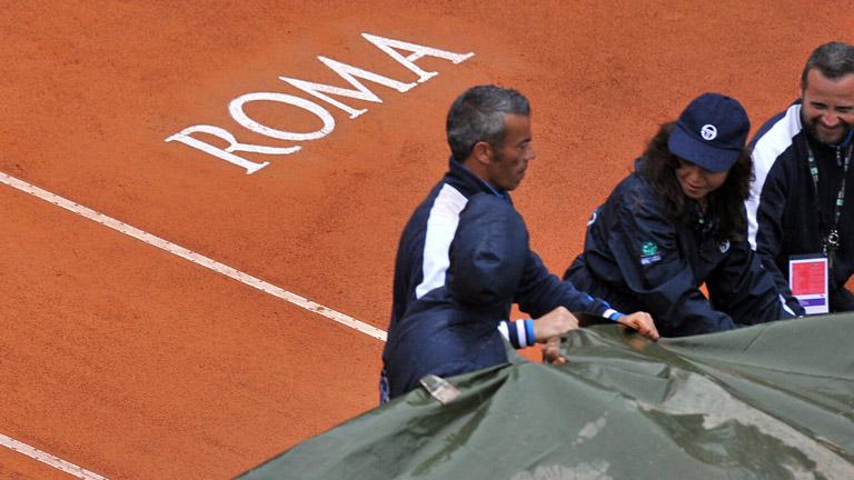 La lluvia aplaza la final de Roma entre Nadal y Djokovic