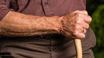 Ir al VideoEl logro de vivir más años, el desafío de cuidarse para vivir mejor
