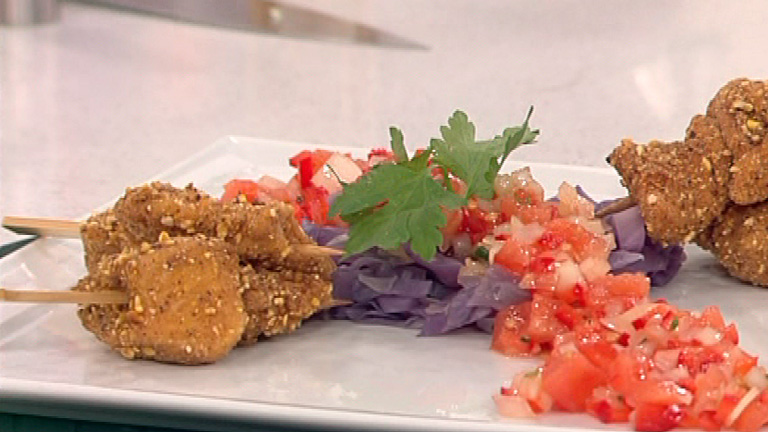 Saber Cocinar - Lombarda a la vinagreta con dados de pollo empanados al maíz (27/12/2011)