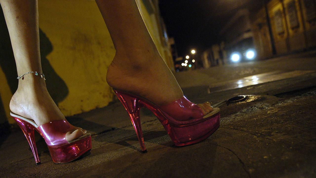 prostitutas travestis anuncios follando prostitutas callejeras