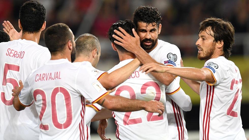 Macedonia 1-2 España. España sale indemne de un exceso de relajación