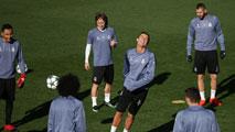 Ir al VideoEl Madrid solo piensa en ganar al Dortmund
