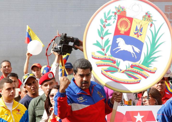 MADURO ORDENA A EEUU REDUCIR NÚMERO DE FUNCIONARIOS DE EMBAJADA EN VENEZUELA