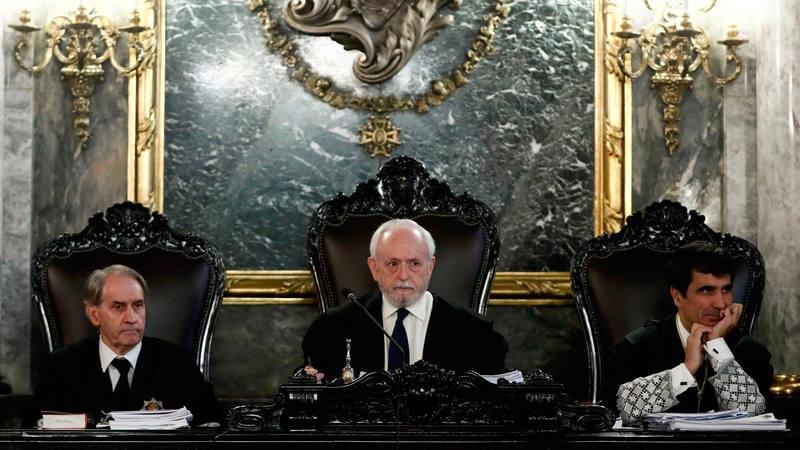 Los magistrados del Tribunal Supremo al inicio de la vista por los recursos presentados por Artur Mas.