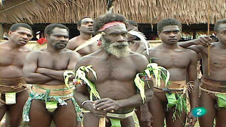 Otros pueblos - Makelula, hombres y espíritus de Oceanía