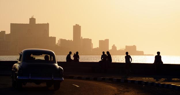 El malecón de La Habana, Cuba