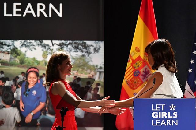 La mañana - Michelle Obama visita España