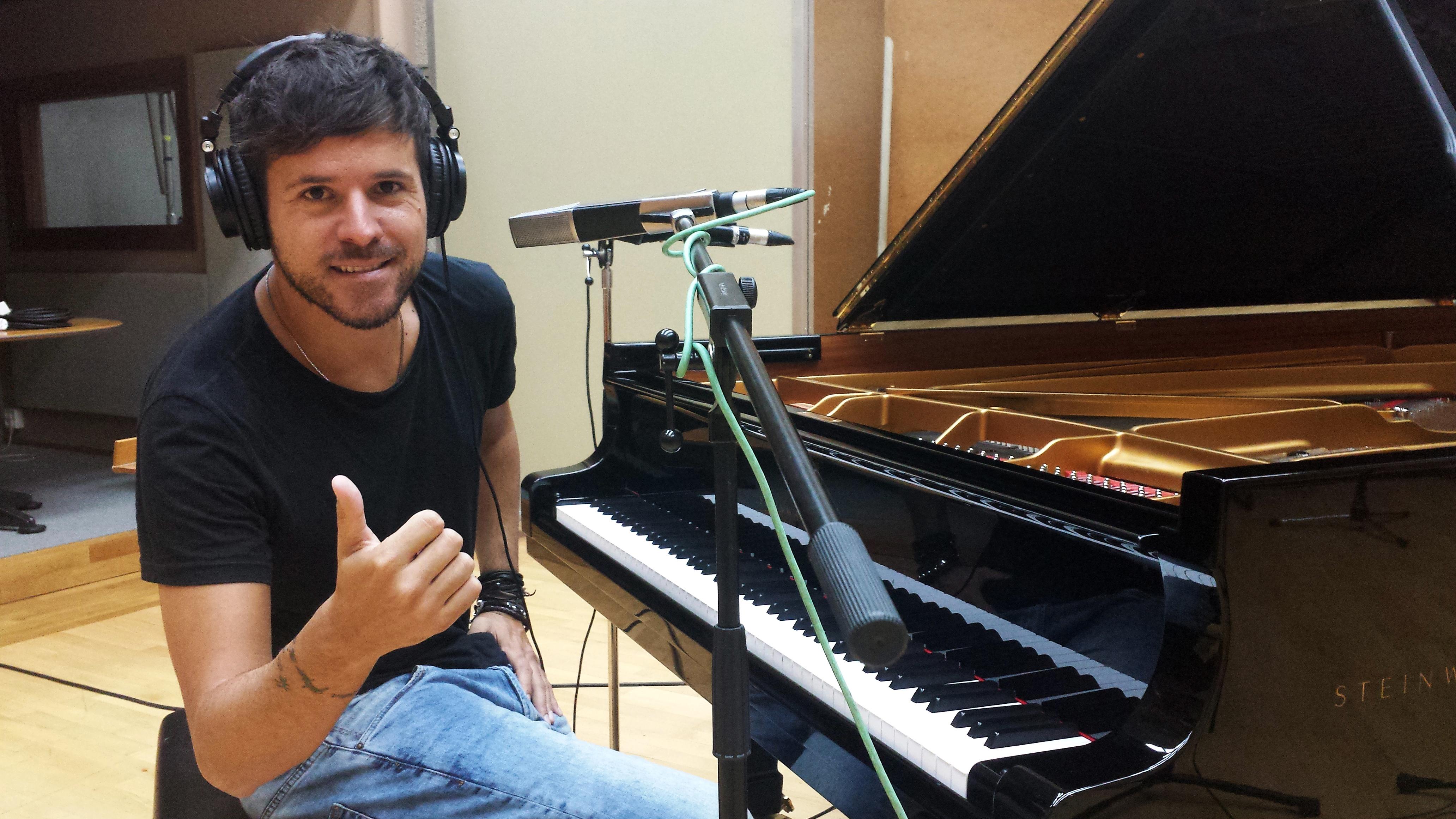 Pablo l pez en este disco me centro en el amor en todas for Carles mesa radio nacional