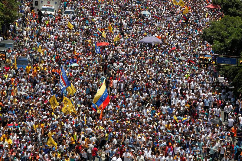Manifestación opositora en Caracas este sábado
