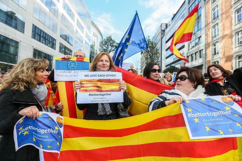 Manifestación por la unidad de España de un centenar de personas en Bruselas