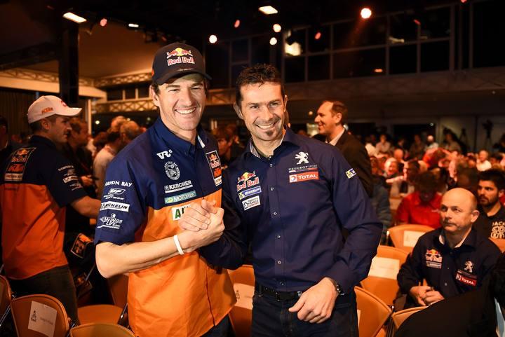 Marc Coma, en la presentación del Rally Dakar con Cyril Despres