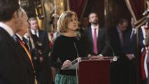 Ir al VideoMaría Dolores de Cospedal ejerce por primera vez como ministra de Defensa en la Pascua Militar