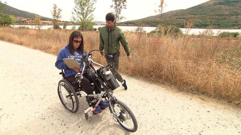 Con Maria José con su hand-bike