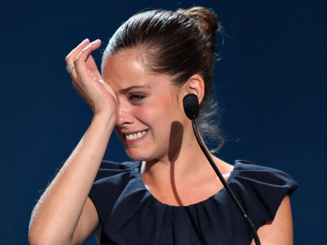María León gana el premio a mejor actriz por 'La voz dormida'