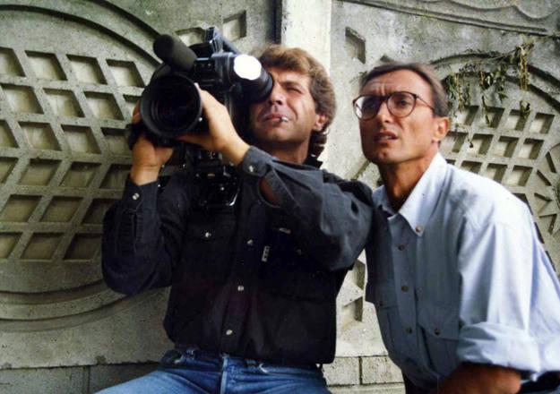 """Márquez fue durante años el cámara de Arturo Pérez Reverte. Su trabajo inspiró la novela """"Territorio Comanche"""""""