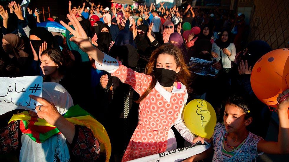 El movimiento de protesta en el Rif se extiende a las redes sociales