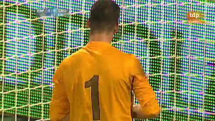 Martín Montoya hace el quinto, España 5 - Croacia 0