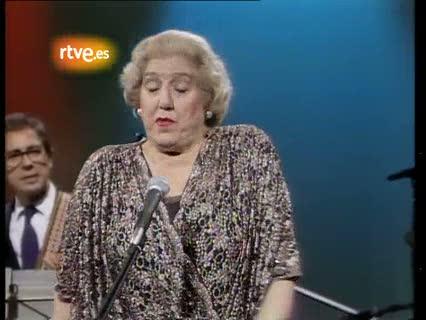 Mary Santpere canta un chotis en TVE (1985)