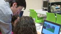 Ir al VideoMás de dos mil estudiantes se reúnen en un campus universitario científico que se clausura a finales de este mes