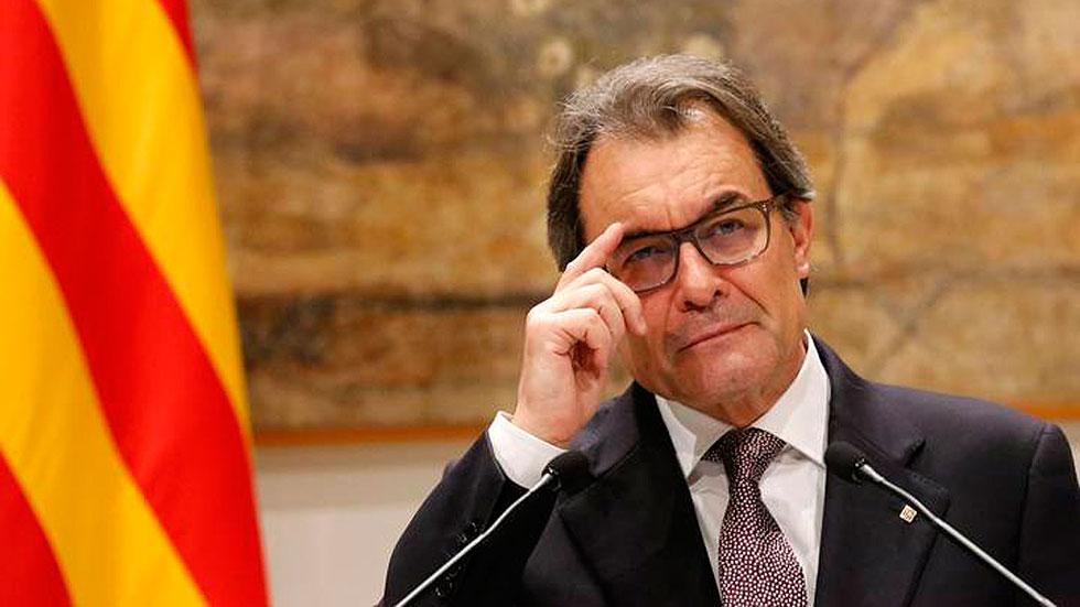 """Mas llama a hacer frente a """"dragones"""" que no respetan la """"voluntad de gobernarse"""" de Cataluña"""