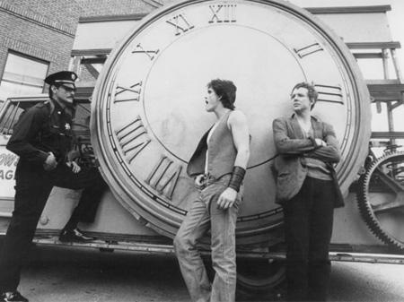 Matt Dillon y Mickey Rourke en 'La ley de la calle' (1984), un regreso al cine de pequeño presupuesto y otra obra maestra.
