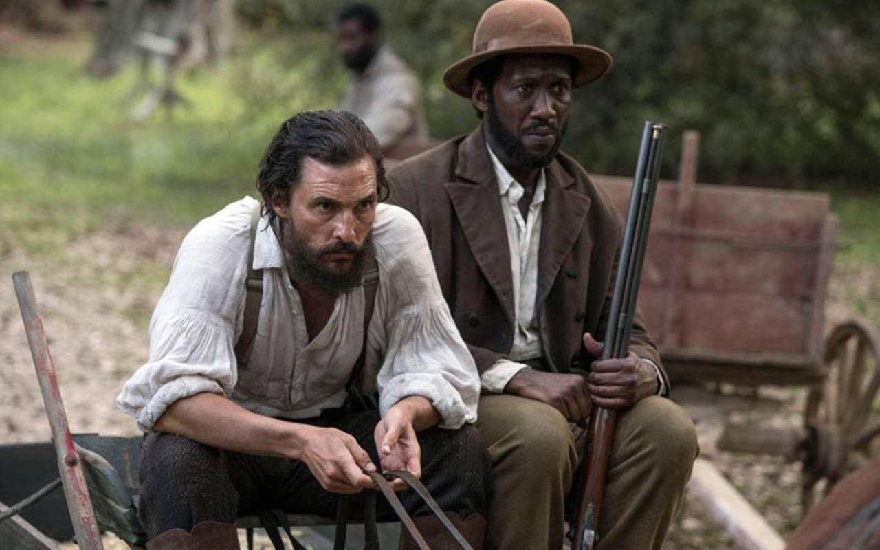 Matthew McConaughey y Mahershala Ali en una escena de la película