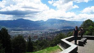 Españoles en el mundo - Medellín - Avance