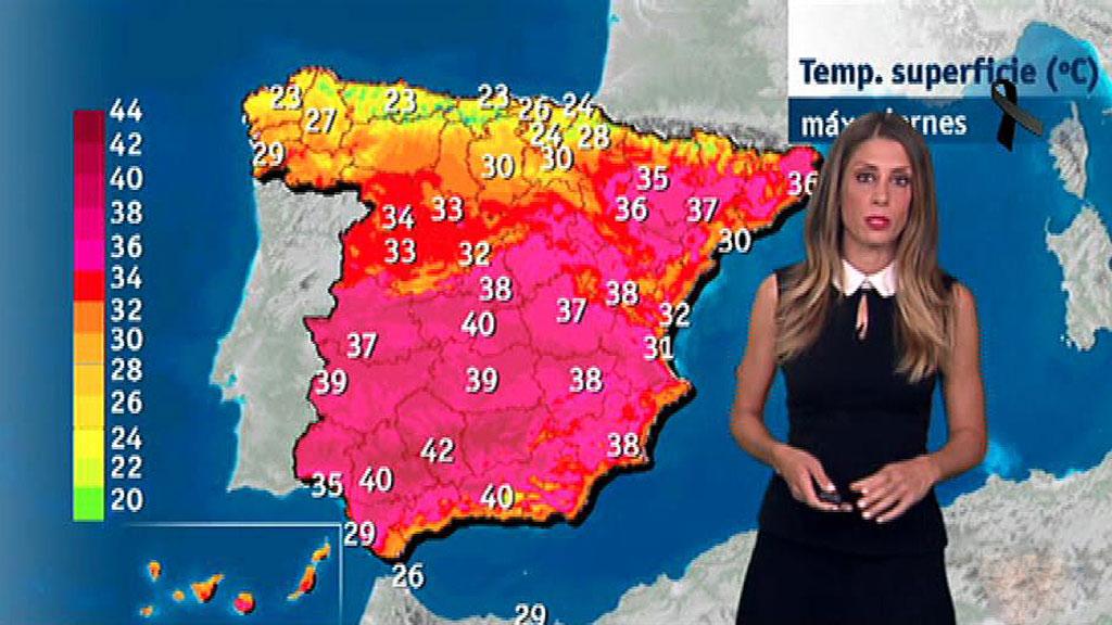 Media España en alerta por las altas temperaturas