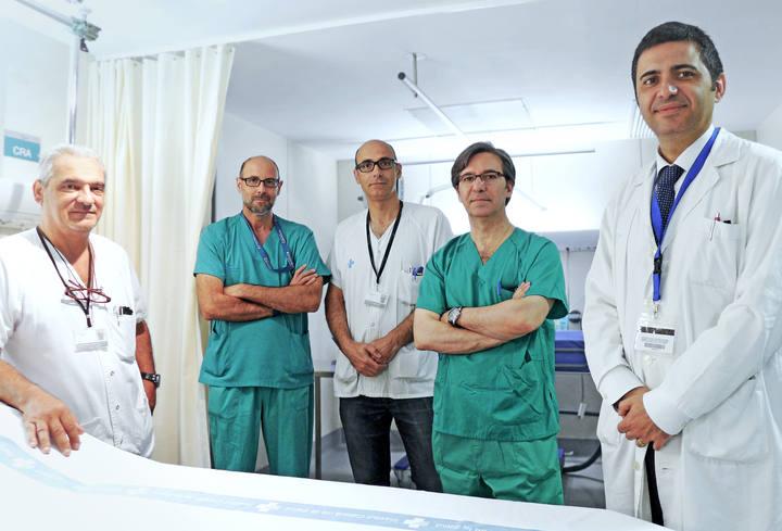 Los médicos Carlos Moreno, Vicente García Sánchez, Jordi Serracanta Domenech, José Manuel Collado Delfa y Joan Pere Barret i Nerín.