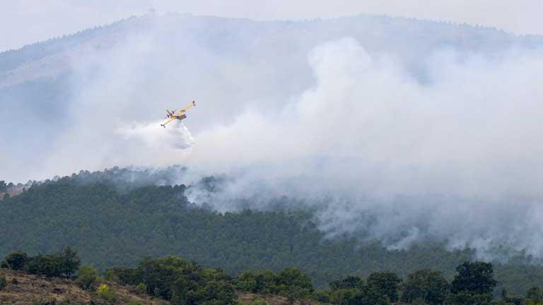 Mejora la situación en el incendio de la Sierra Norte de Guadalajara