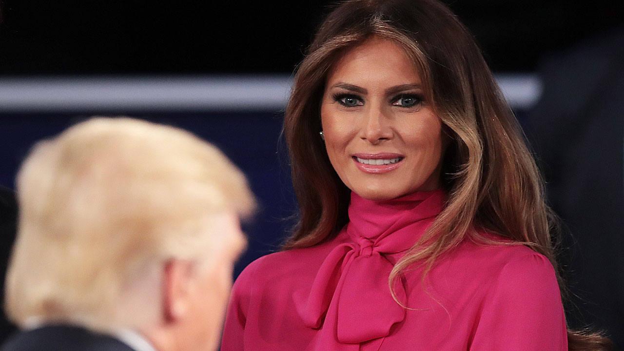 Melania Trump pide que ¿nadie sienta pena¿ por ella y afirma que ella y su esposo han ¿pasado página¿ tras el escándalo.