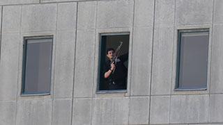 Al menos 12 muertos y 39 heridos en un doble atentado contra el Parlamento iraní y el mausoleo de Jomeini