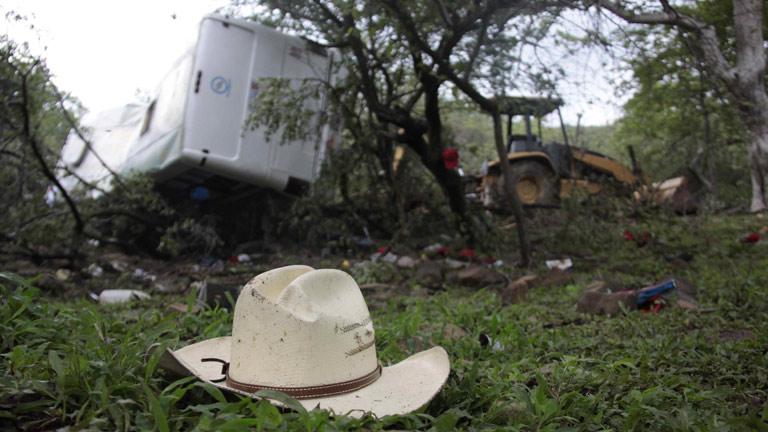 Al menos 25 muertos en un accidente de autobús en México