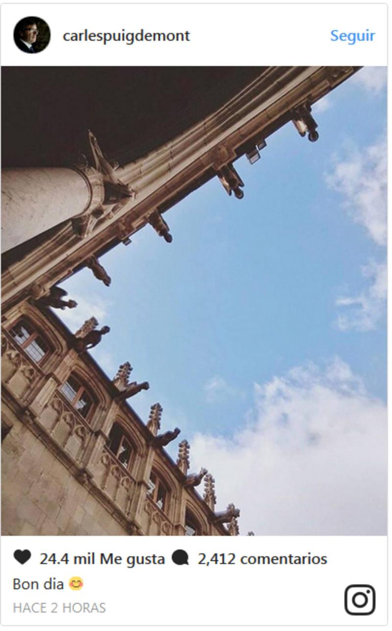 Mensaje colgado por Carlos Puigdemont en la red Instagram, supuestamente con una imagen del interior del Palau de la Generalitat