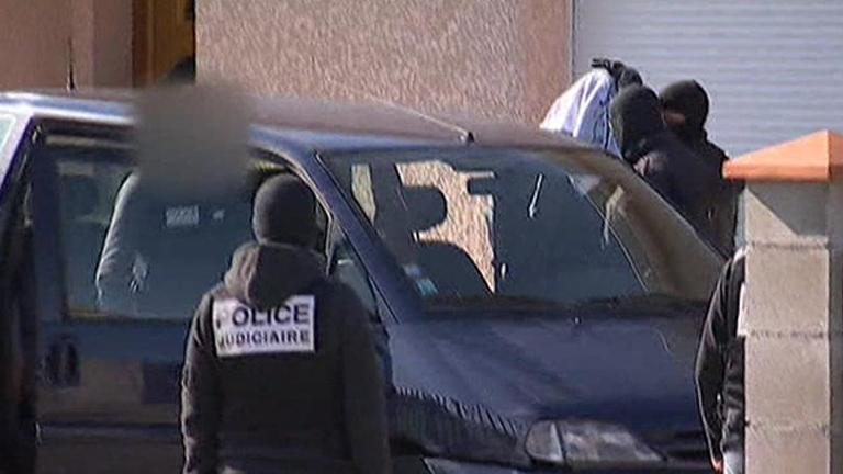 El hermano mayor del presunto asesino de Toulouse pasará esta noche en la cárcel