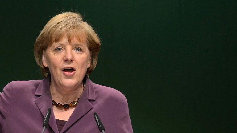 """Merkel anuncia la preparación de una """"agenda del crecimiento"""" para la Unión Europea"""