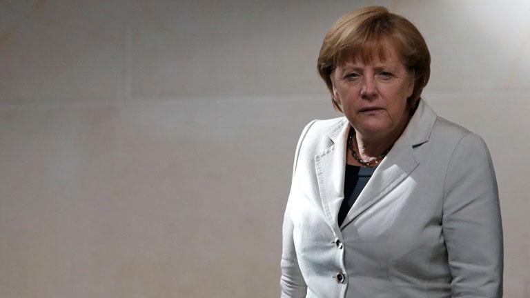Merkel celebra el fallo del Constitucional y subraya la responsabilidad con el euro