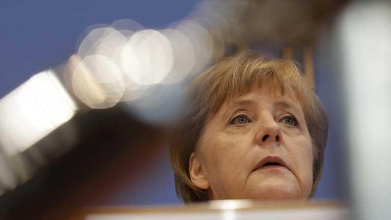 Merkel no cree que esté funcionando en enero la autoridad bancaria europea