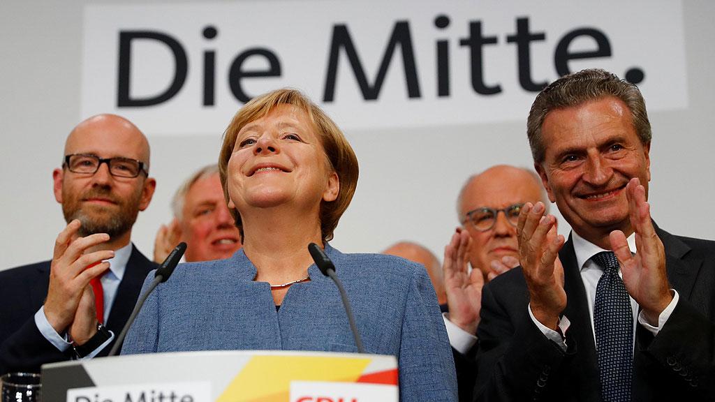 Merkel vuelve a ganar en Alemania y la ultraderecha entra en el Bundestag