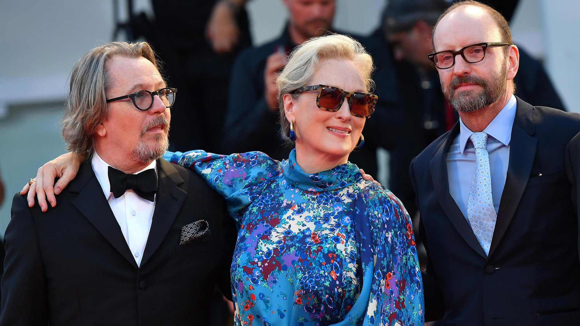 Ir al VideoMeryl Streep presenta en la Mostra de Venecia una comedia negra sobre los Papeles de Panamá