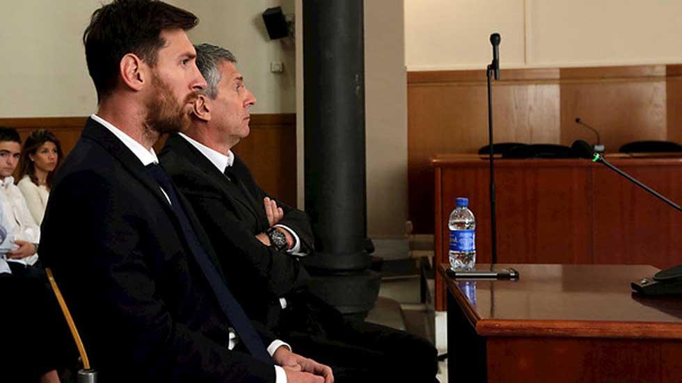 Messi y su padre comparecen ante el juez acusados de fraude a hacienda