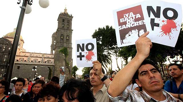 Los mexicanos se manifiestan contra el crimen organizado