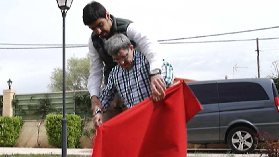 Miguel Ángel Perera se pone frente al toro recaudando fondos para luchar contra la discapacidad intelectual