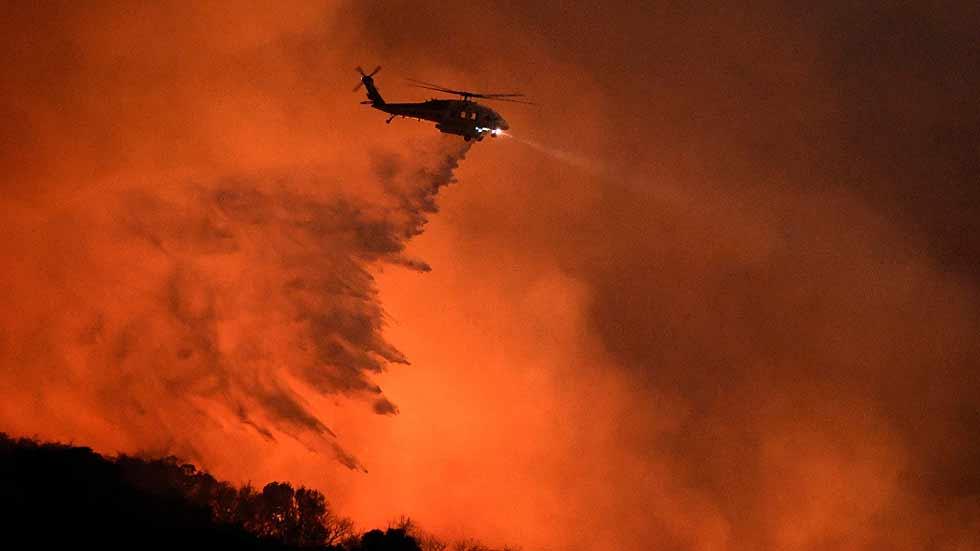 Miles de personas evacuadas en California por varios incendios forestales